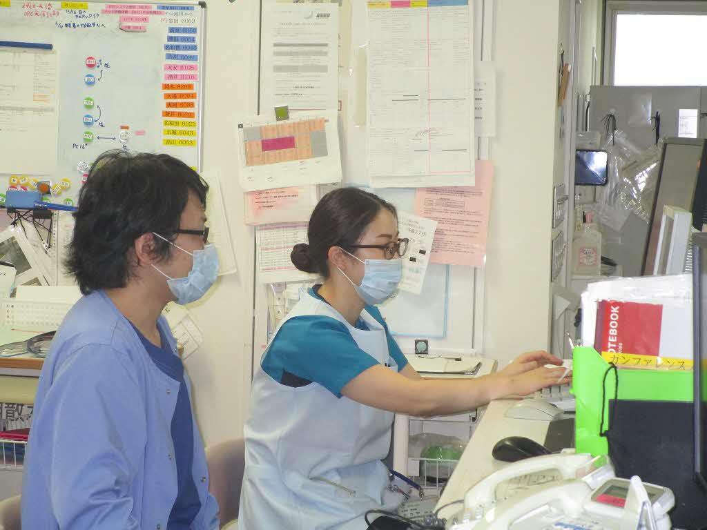集中治療室(ICU)